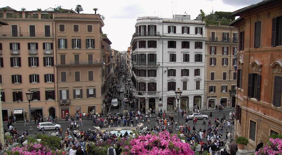 Улица Кондотти в Риме