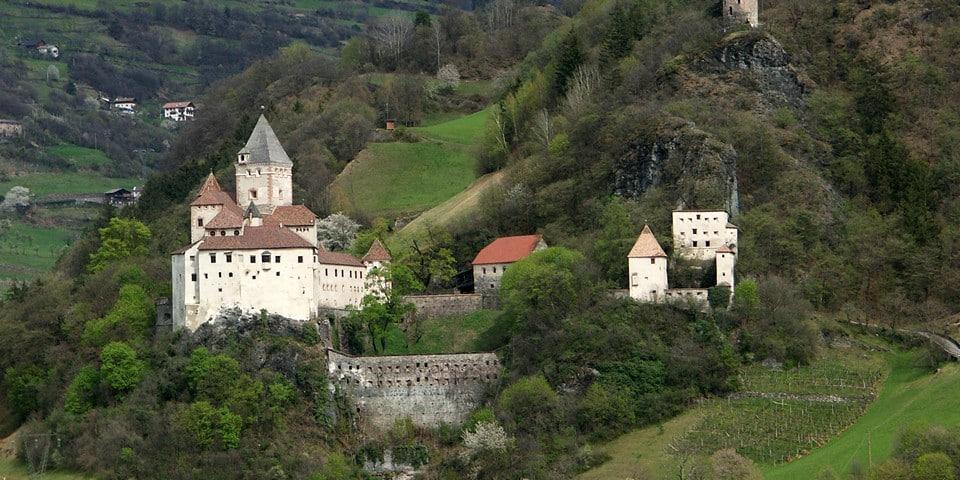 Замок Тростбург