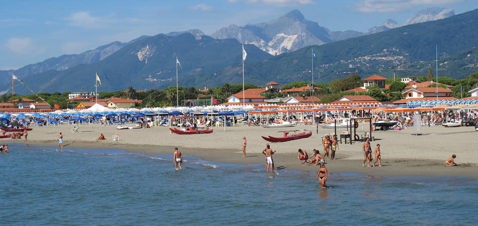 Пляж на курорте Форте-дей-Марми