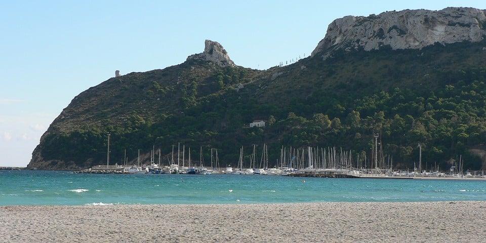 Пляж Поэтто