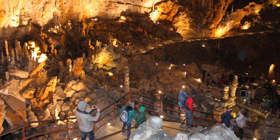 Гигантская пещера