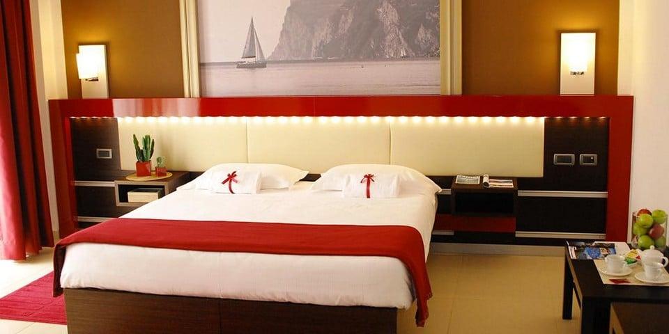 отель Kairos Garda