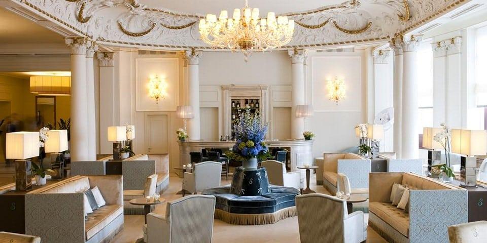 отель Savoia Excelsior Palace