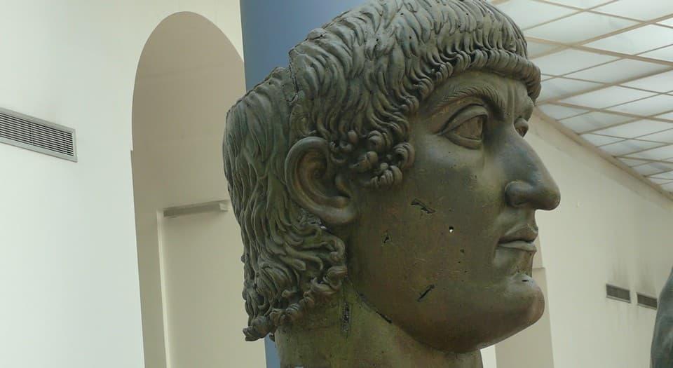 скульптурное изображение Нерона