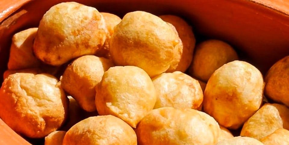 Coccoli — шарики дрожжевого теста