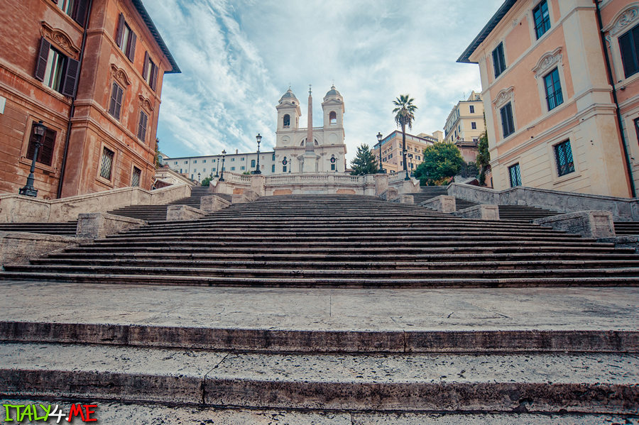 Рим утром - Испанская лестница