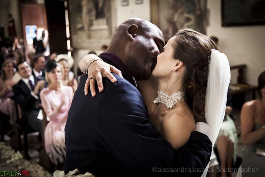 Церемония венчания в Италии фотограф Alessandro Iasevoli