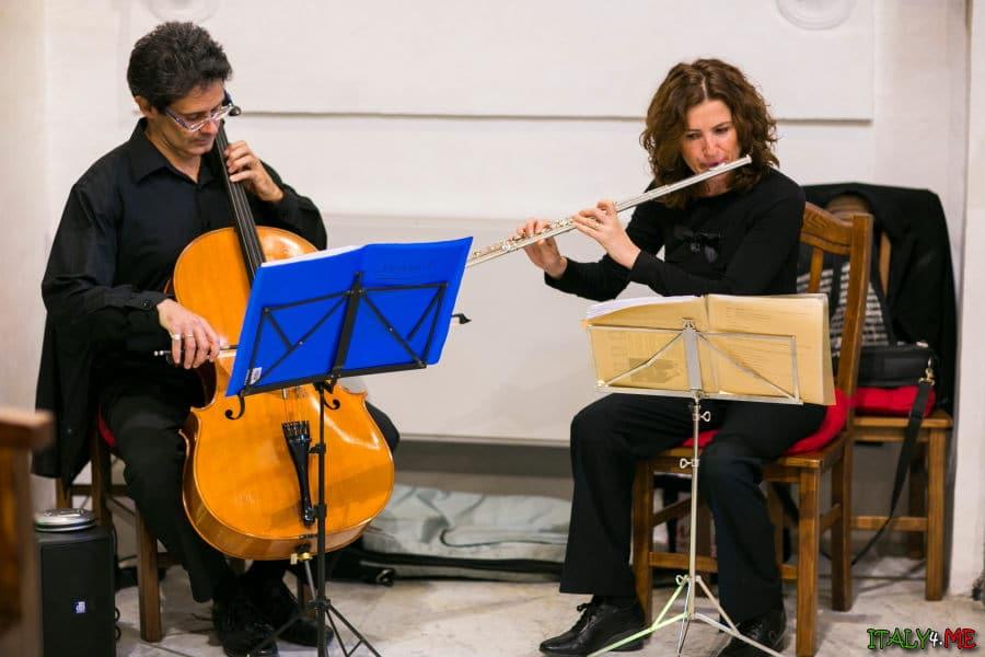 Музыканты на традиционной свадьбе в Италии