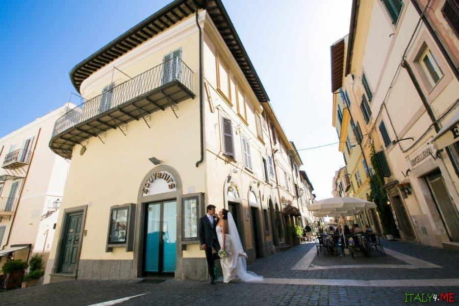 Свадьба в Италии - фотосессия жениха и невесты