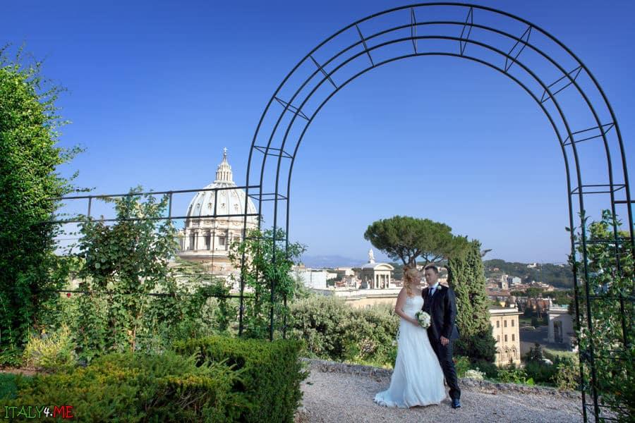 Свадебная фотосессия в Италии - сады Ватикана