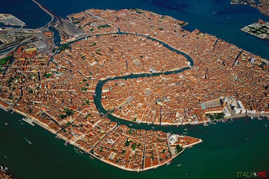 Венеция фото города с самолета