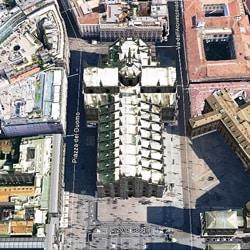 Кафедральный собор Дуомо в Милане с высоты птичьего полета