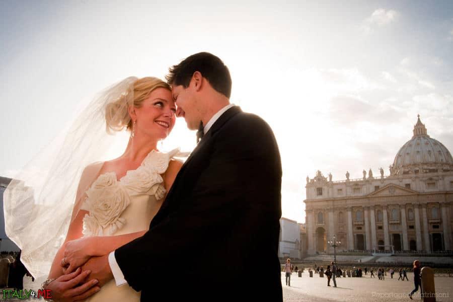 Фотосессия на площади Святого Петра в Ватикане