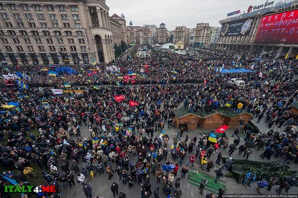 Euromaidan_Kiev_Ukraina_04