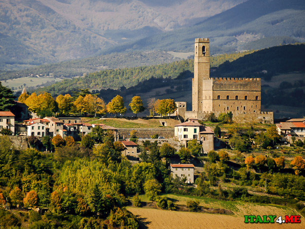 Замок Поппи (Castello Poppi) в Италии