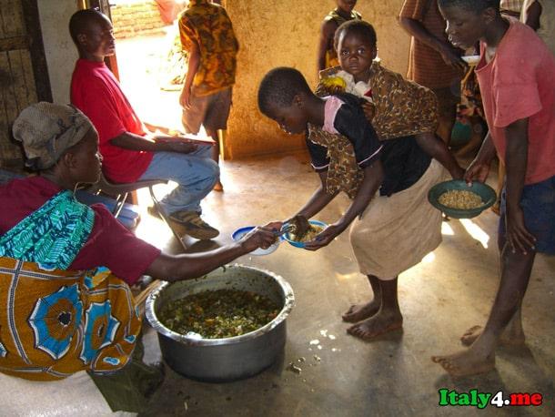 Африка еда дети