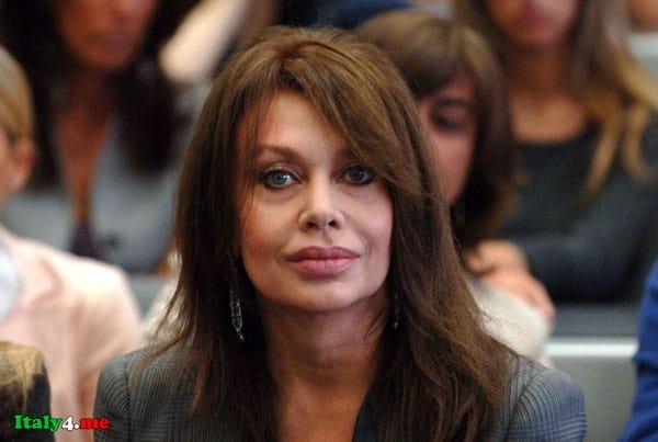 актриса Вероника Ларио