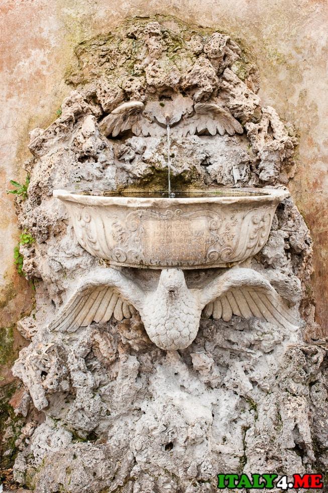 фонтан холм Авентин