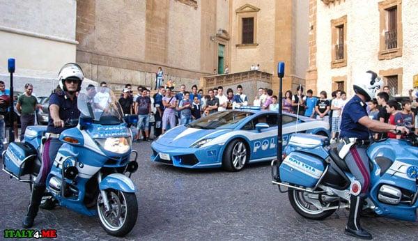 Polizia Италия