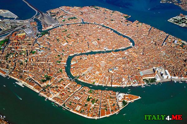 вид на Венецию