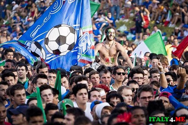 Итальянские футбольные фанаты