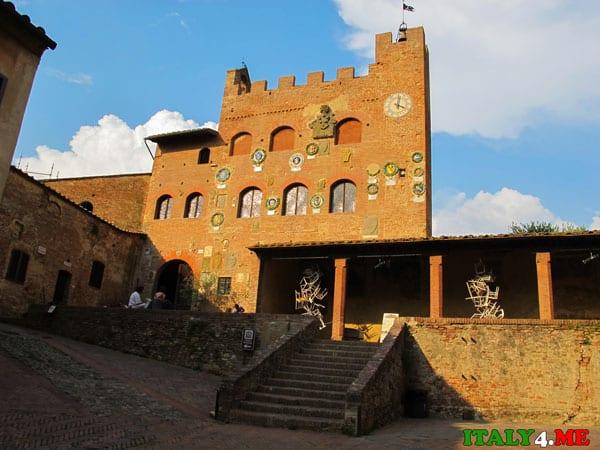 Palazzo_di_Certaldo недвижимость в Италии