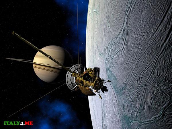 Спутник Сатурн Энцелад