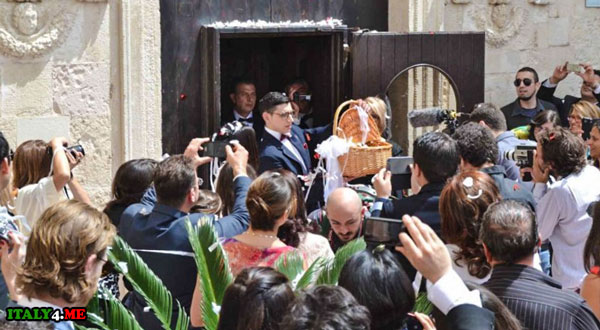 свадьба Италия японская звезда и бармен