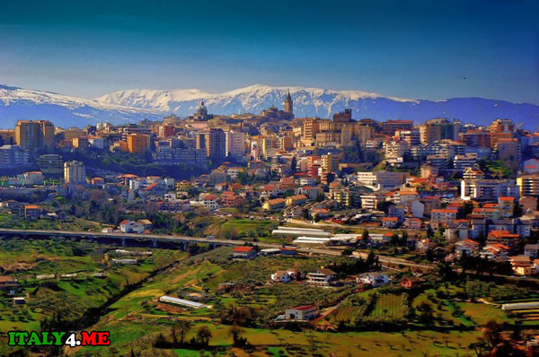Кьети Абруццо панорама города