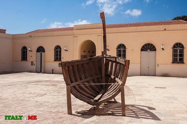 Музей-тунца-остров-Фавиньяна-1