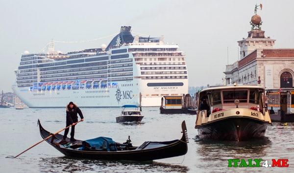 круизный-корабль-в-Венеции-2