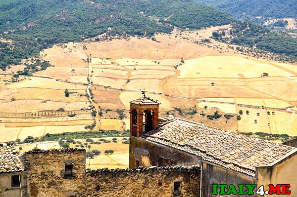 недорогая-недвижимость-на-Сицилии-за-1-евро-4