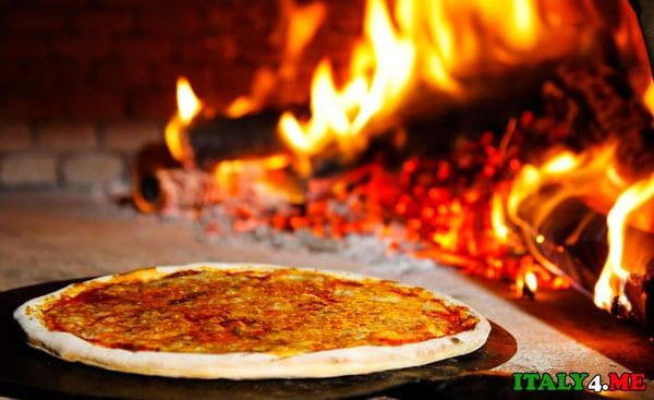 пицца-блюдо-итальянской-кухни