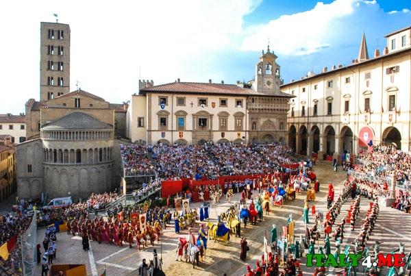 рыцарский-турнир-в-Ареццо-Италия-сентябрь