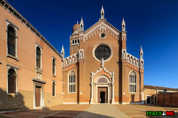церквь-в-Венеции-Мадонна-дель-Орто