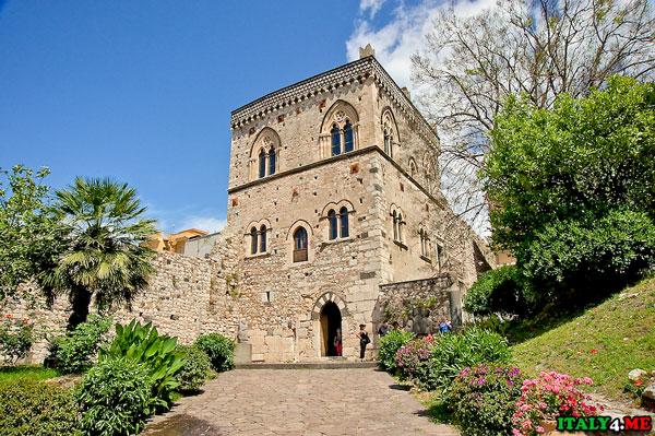 Palazzo Duca di Santo Stefano