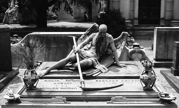 Кладбище-в-Милане