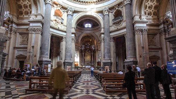 внутри базилики Суперга