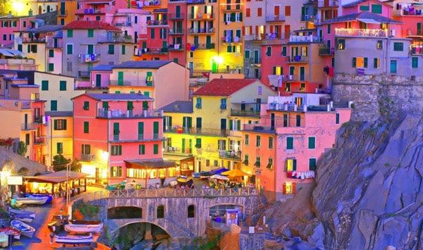 Манарола город Италия