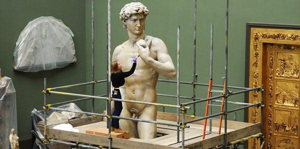 Гипсовая копия Давид Микеланджело Лондон