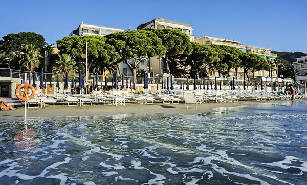 Grand Hotel Spiaggia в Алассио