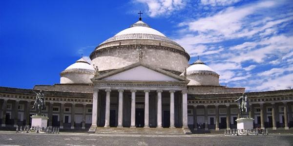 Базилика Сан-Франческо ди Паола в Неаполе