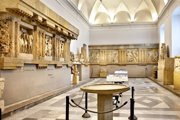Археологический музей - Зал Античности