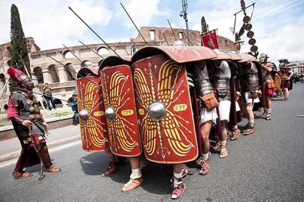 Рим - День города - боевой строй