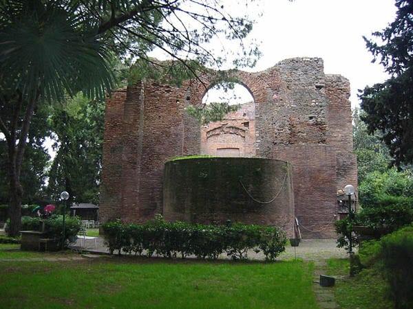Аппиева дорога в Риме - Гробница святого Урбана