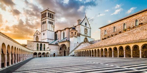Архитектурный ансамбль базилики святого Франциска в Ассизи