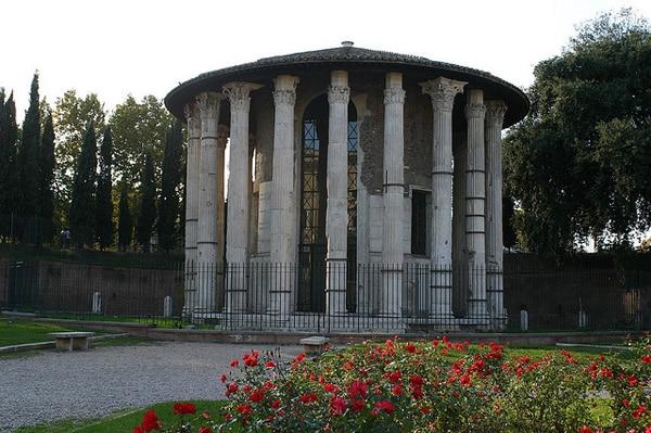 Марсово поле - Храм Геркулеса
