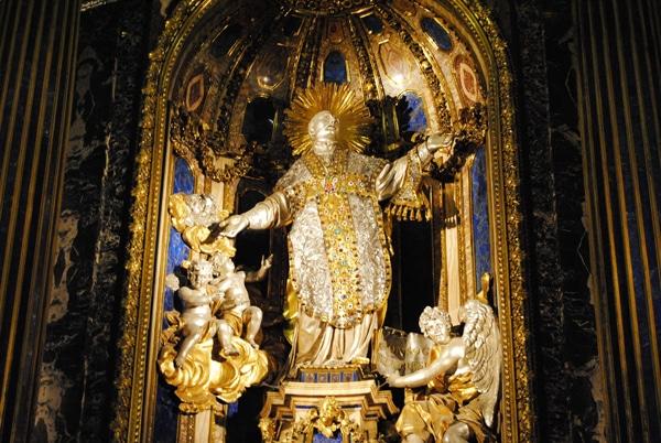 Церковь Джезу в Риме - Статуя святого Игнатия