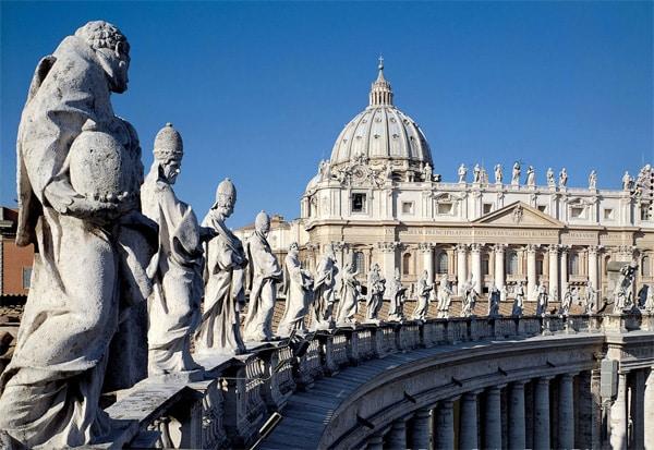 Собор Святого Петра в Ватикане: купол Микеланджело, скульптуры ...