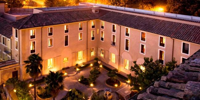 VOI Donna Camilla Savelli Hotel отель 4 звезды в римском районе Трастевере